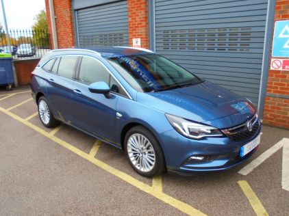 Used VAUXHALL ASTRA in Gravesend, Kent for sale
