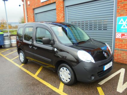 Used RENAULT KANGOO in Gravesend, Kent for sale
