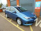 TOYOTA AURIS 1.2 VVT-I BUSINESS EDITION TOURING SPORTS TSS - 686 - 1
